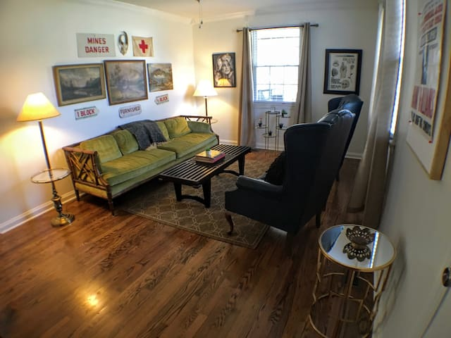 Eclectic Cottage 4miles to Downtown - Nashville - Huis