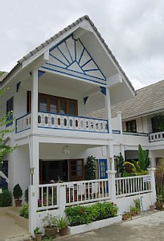 Large Family Friendly Beach Front House
