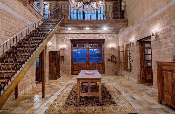 Tubac Arizona Villa! In a private location!