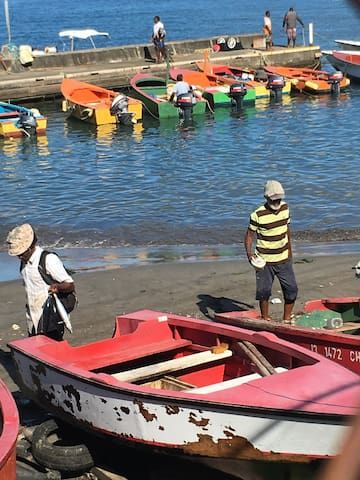 Local fishermen!  Such colourful boats!