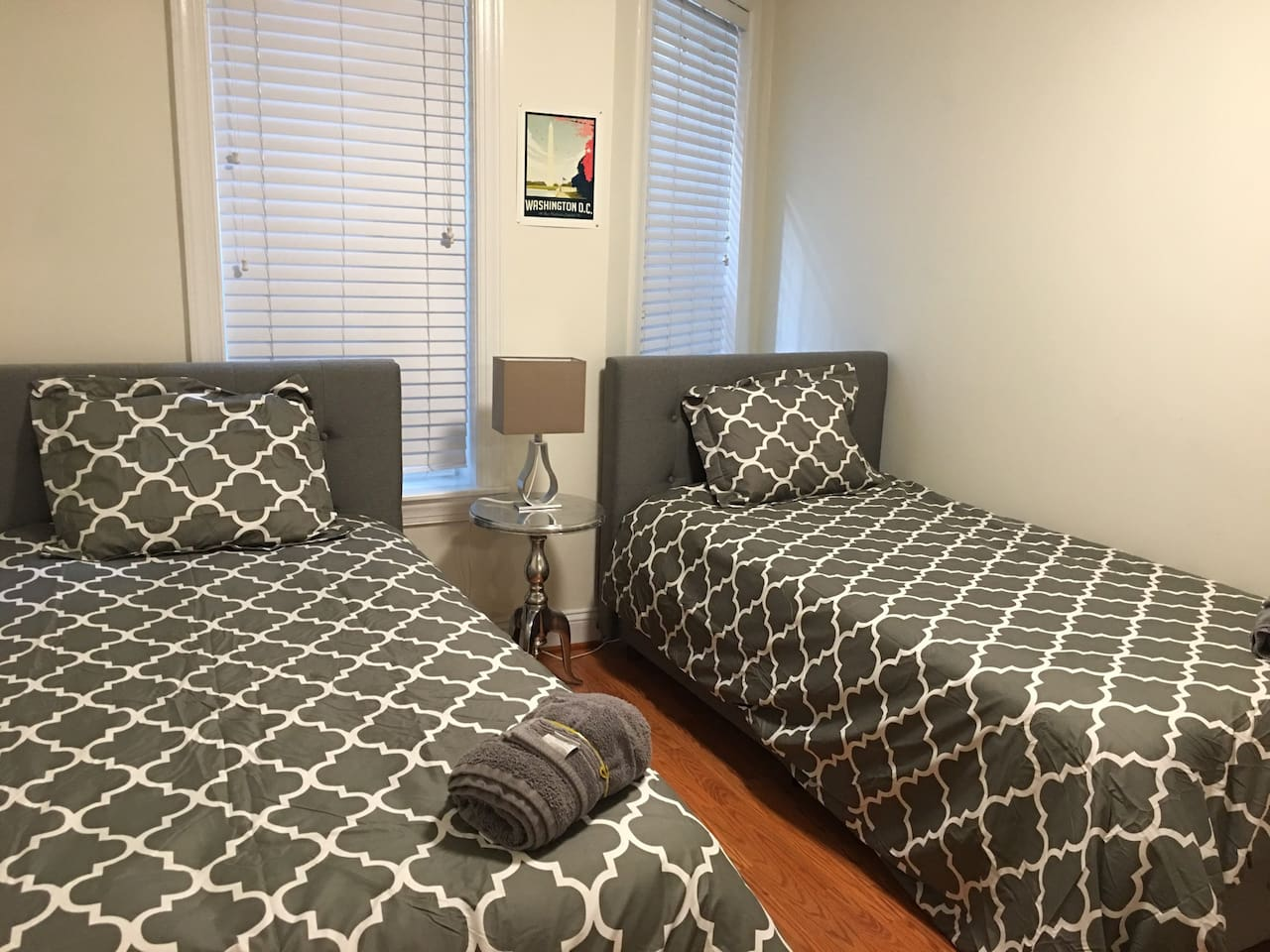 Family Space w 5 Beds & Ideal Location in Dupont!!