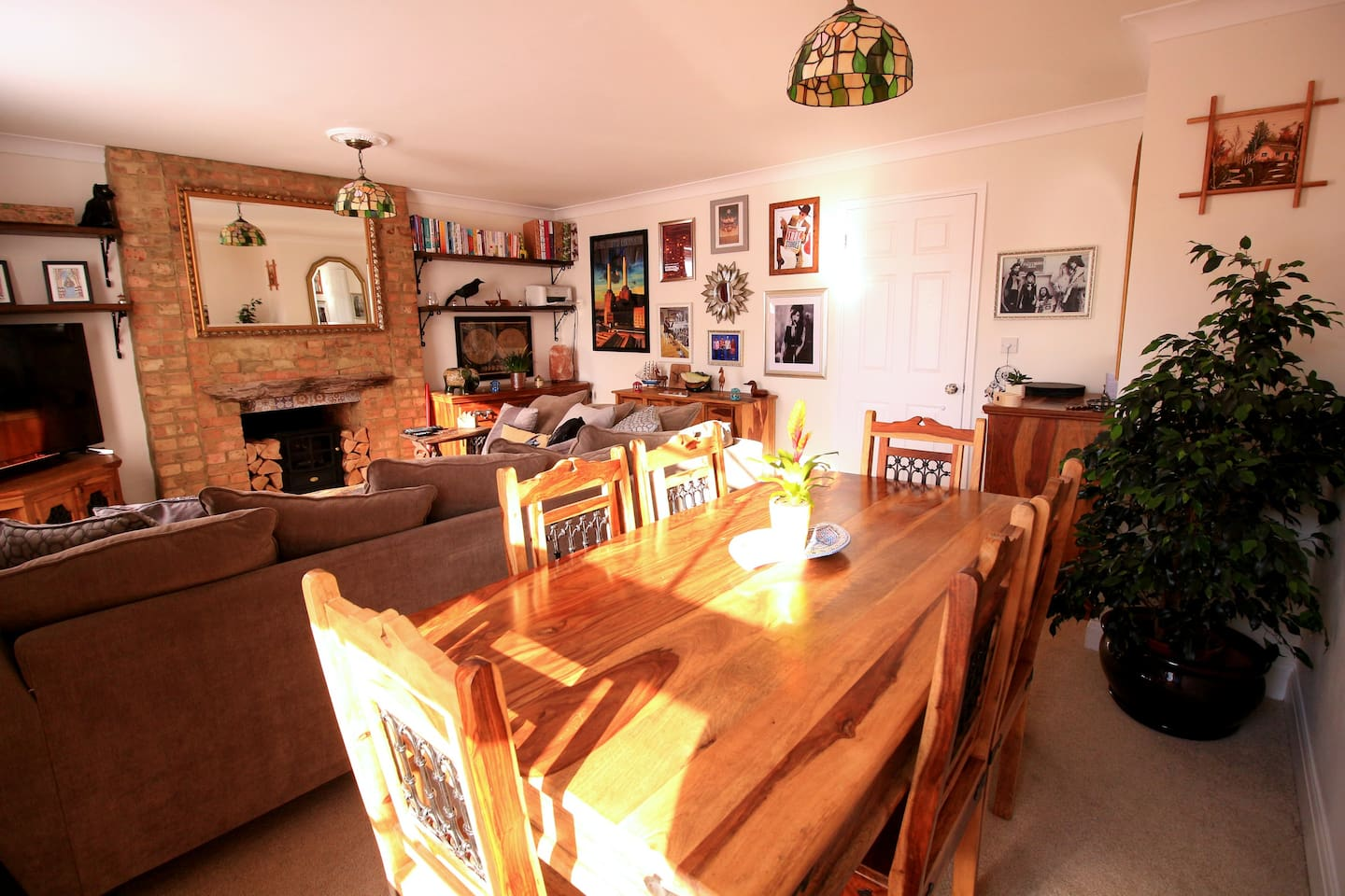 Beautiful quirky grade 2 listed flat with parking apartments for the living and dining room solutioingenieria Gallery