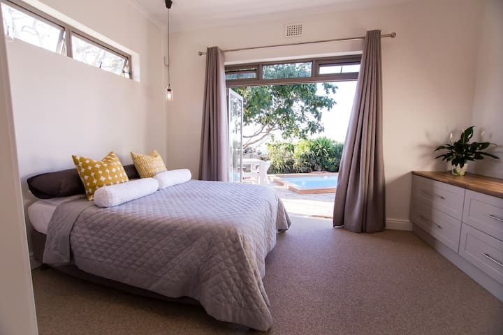 Clean luxurious private room in Green Point - Kaapstad - Huis