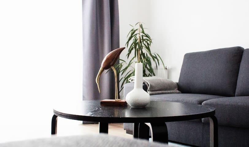 Townhouse Apartment - modern und zentral gelegen ! - Burgwedel - Apartamento