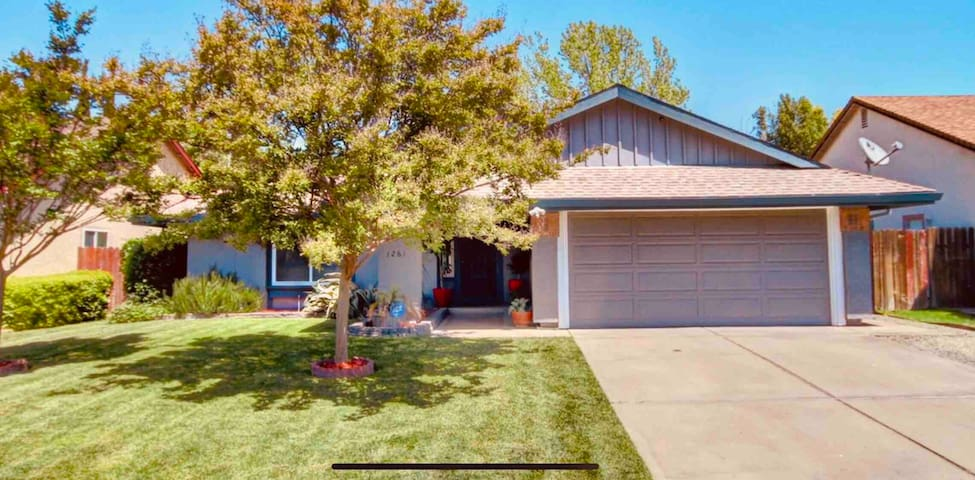 """Once Upon A Time"" 3 bedrooms Natomas Sacramento"