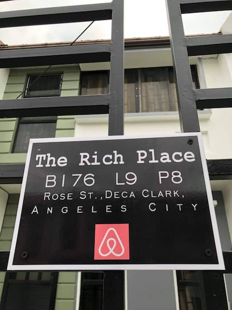 Townhouse Near Clark Airport | TheRichPlacePH 1.0