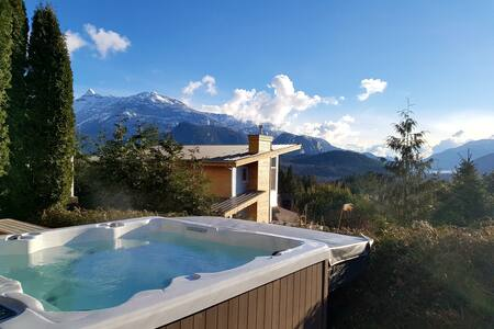 Welcome to Stawamus Suite-best views from hot tub!