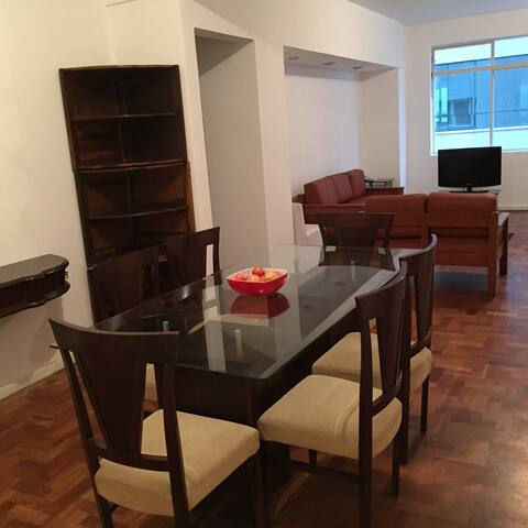 Large apartment in beautiful and safe area - 聖保羅 - 公寓