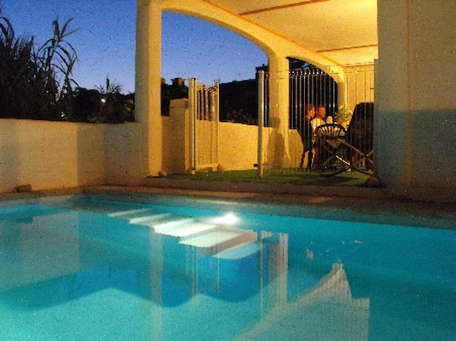 Villa with private pool and garden. - Aumes - Hus