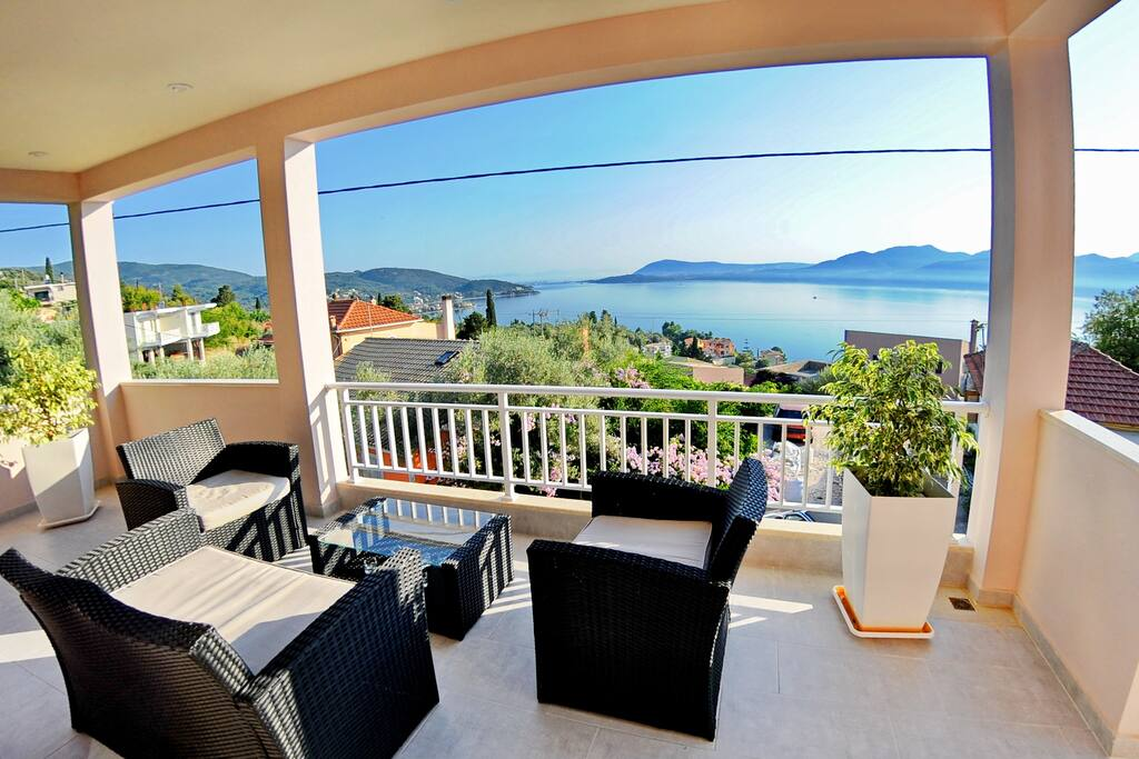 Apartment Chloe With Lovely Sea View Apartments For Rent