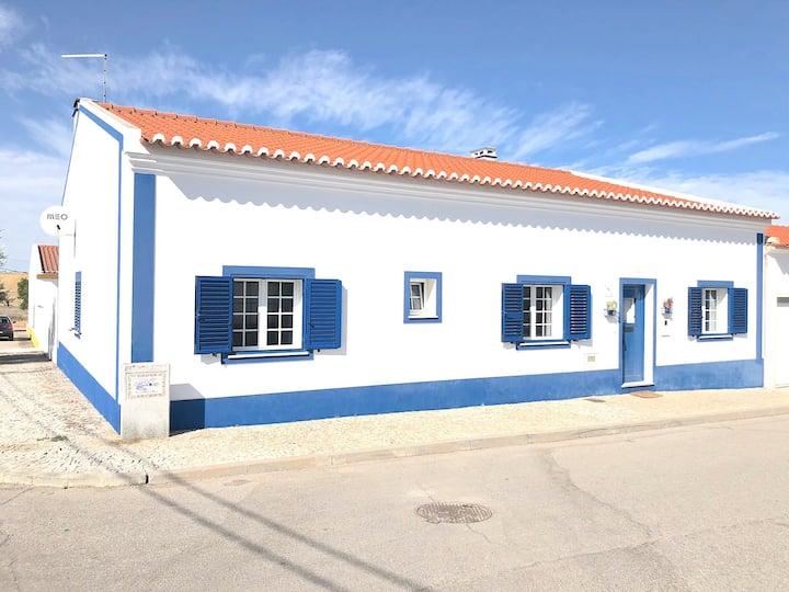 Casa Ribeirinha - Alentejo/Alqueva/Adegas
