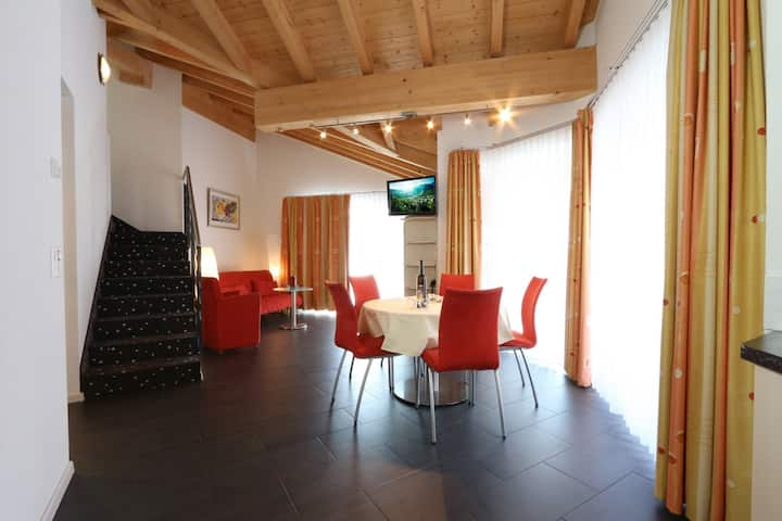 Apparthotel Feehof, Saas-Fee  Three-room duplex apartment