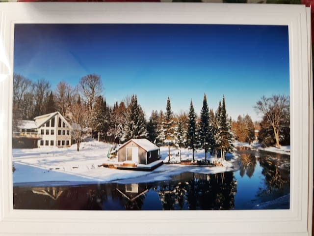 2 bed Waterfront apt.Trent Lakes at Bobcaygeon