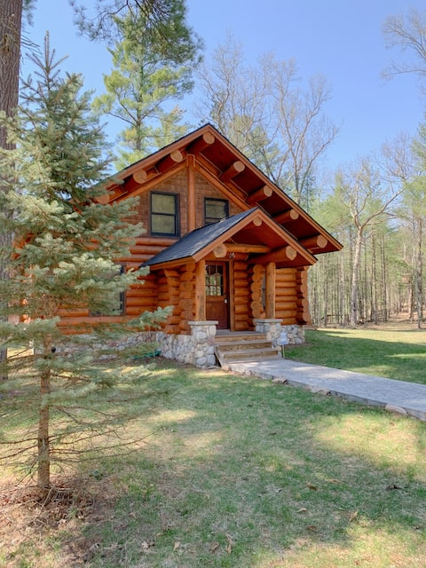 Log Cabin with amazing view of the Pere Marquette
