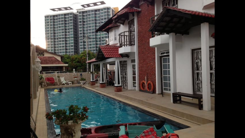 [Free WIFI] Victoria's Twin Villa in Shah Alam - Shah Alam - Huis
