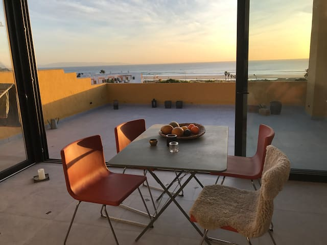 Luxury Beach Front Apartment - 2 Bedrooms - Tarifa - Lägenhet