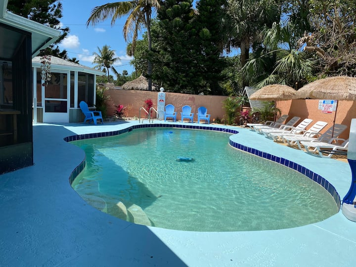 POOL Oasis* Amazing Space Unit close to Pier/Beach