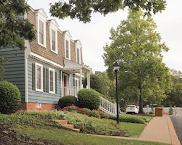 Wyndham Patriots' Place Colonial in Williamsburg