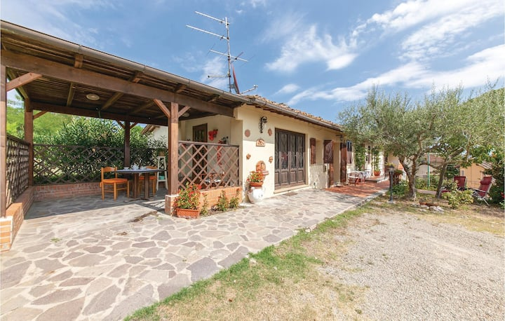 Awesome home in Montefoscoli with 1 Bedrooms