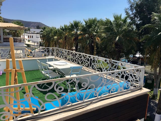 Right in the heart of downtown! + Phenomenal view! - Bodrum - Appartement