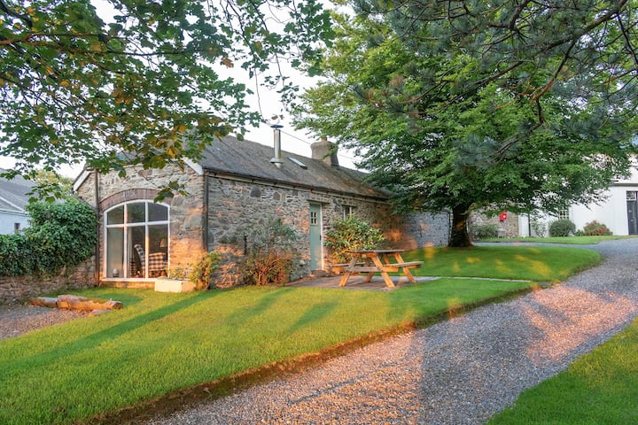 The Coach House - charming, characterful cottage