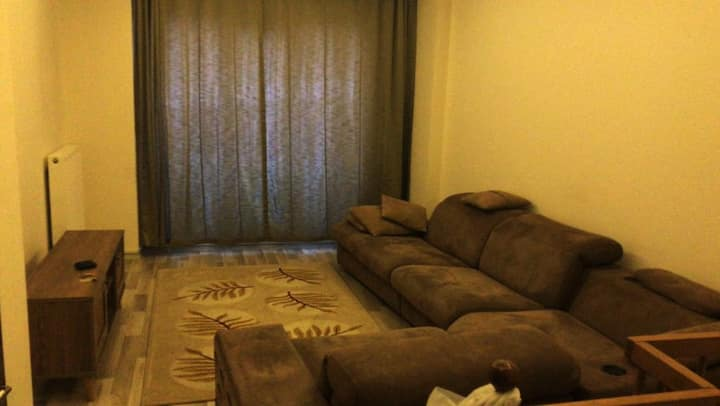 4 MINUTES TO SUBWAY,2 FLOOR APARTMENT IN 4.LEVENT