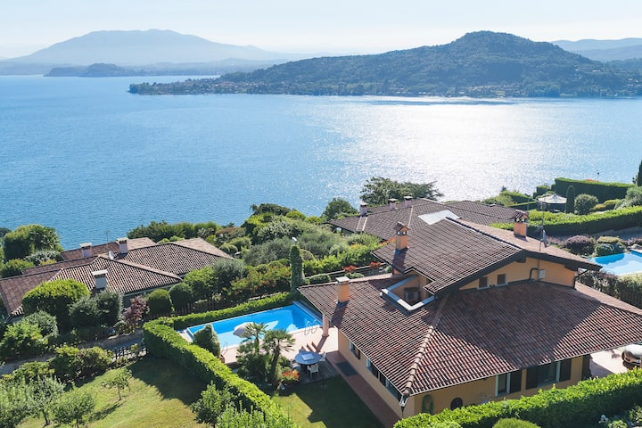 Lake Villa Belvedere with view and pool