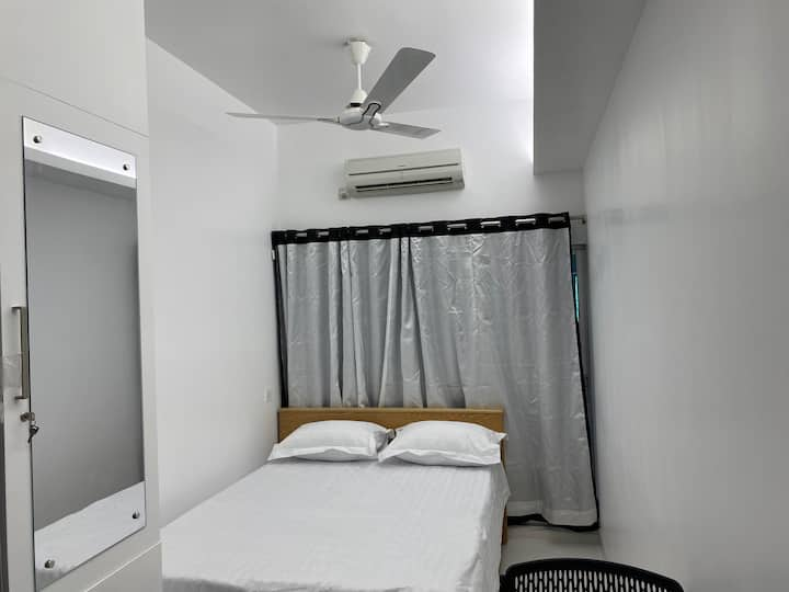A/C Studio Apartment.5 minutes from Dhaka Airport.