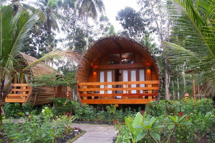 GONDANG Bungalow @ Lagoona Bungalow - Batukaras