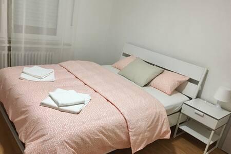 (Strassen 3-room apartment-Second floor)3室1厨1卫舒适套房