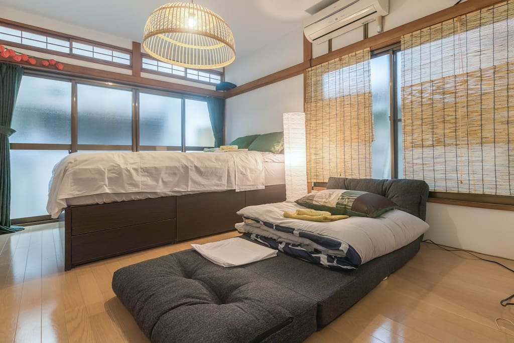 1FDoubleBed(1-2Peope),Sofabed(1People)