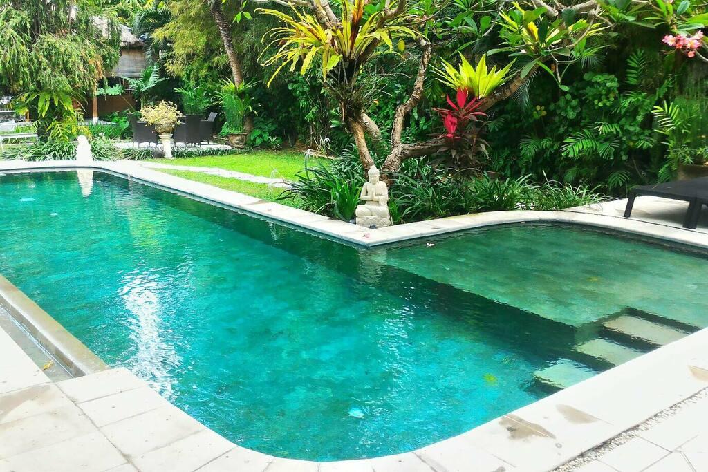 1st Villa - 3 Bedroom Pool Traditional Open Plan Villa