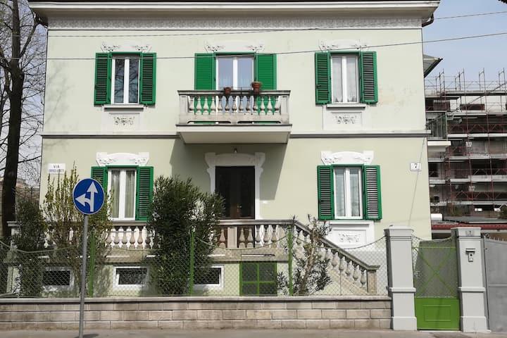 Agli oleandri -appartamento in villa