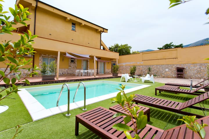 villa scalea close to mondello palermo ville in