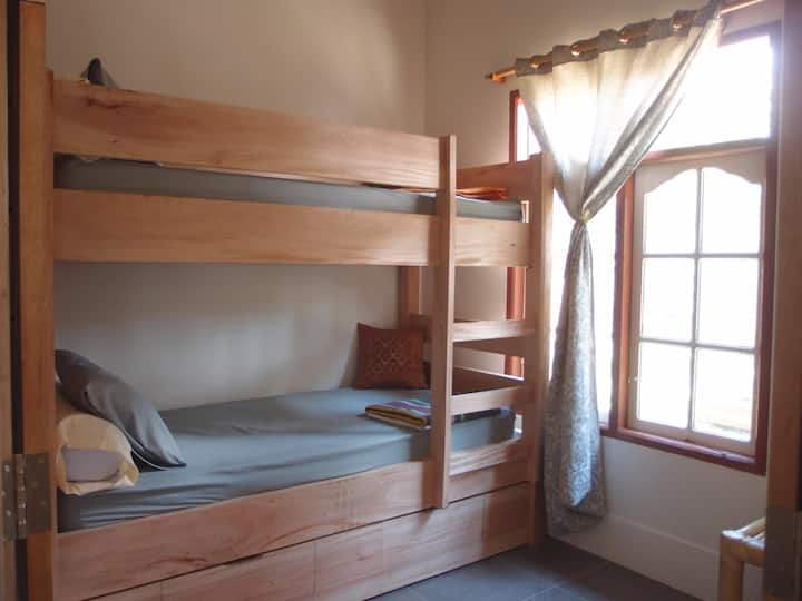1 Bed 💤 in a 2 bunk beds mixed dormitory