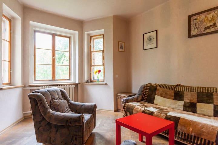 Комната в квартире немецкого дома в центре города