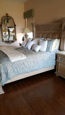 Elegant Master Suite for Festivals