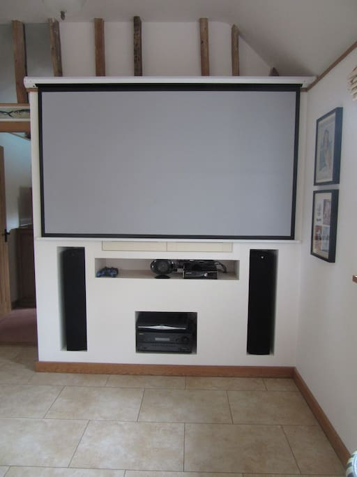 Cinema/TV Screen