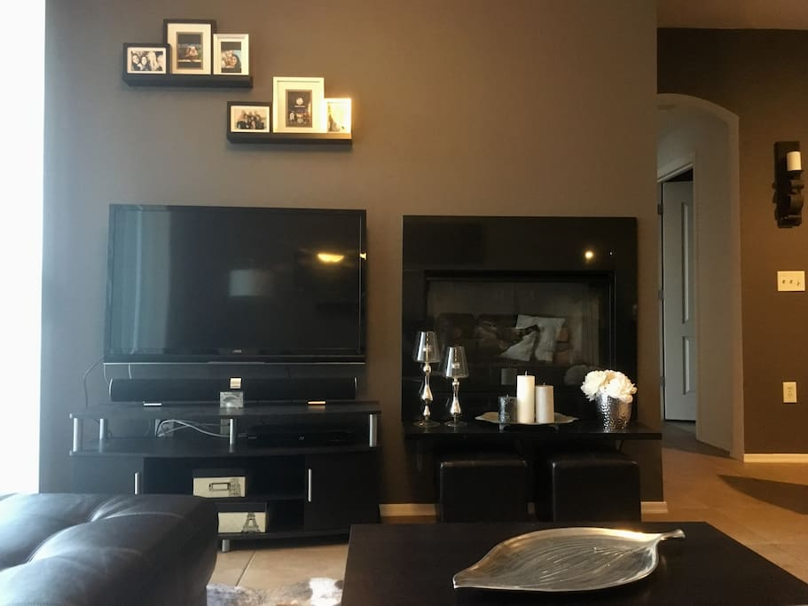 Gas fireplace and Smart TV in the living room