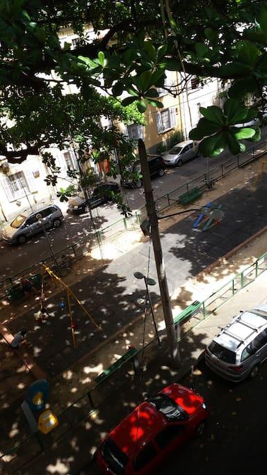 Rua Pires de Almeida.