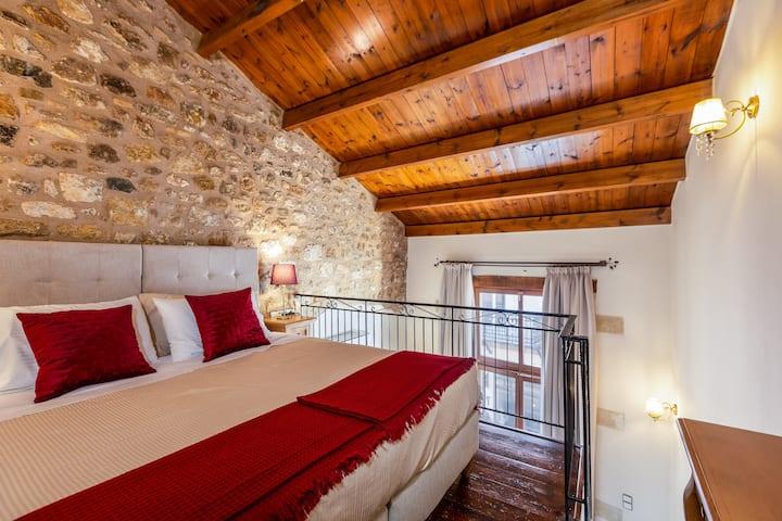 Phaedra Suites-Triple Suite with Balcony