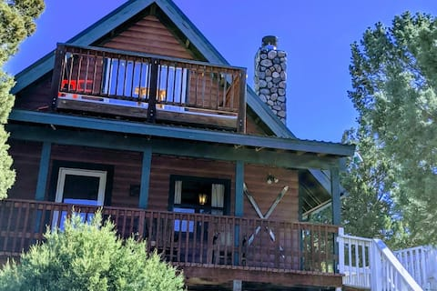 Serene A-frame Cabin *Pet Friendly* Panoramic View