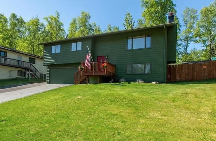 Delightful 3BR home located in South Anchorage :)