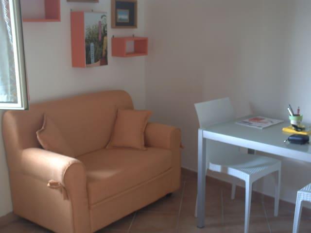 Grazioso tranquillo appartamento bilocale  Viterbo
