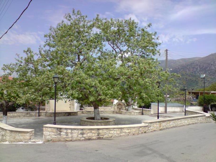 Πλατεία του χωριού