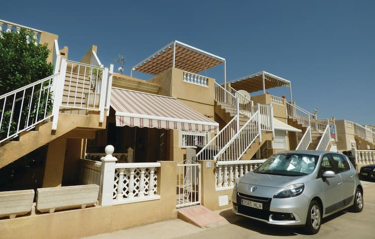 Terraced house with 3 bedrooms on 76 m² in Guardamar Del Segura