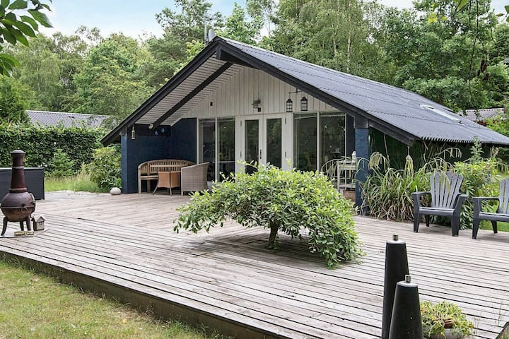 Quaint Holiday Home in Fårvang with Swimming Pool