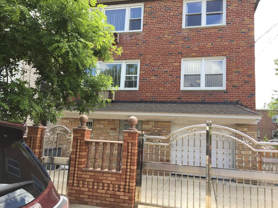 One Bedroom Apt Private House Close To Citi Field Apartments For Rent In Queens New York
