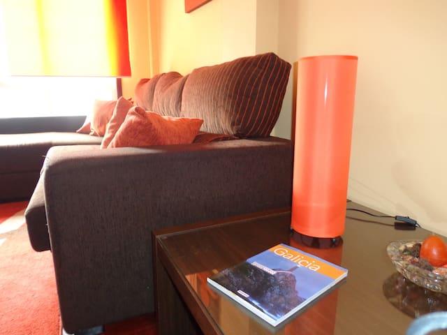 Apartamento Rosalía con parking a 3 km de Santiago - Ames - Appartamento