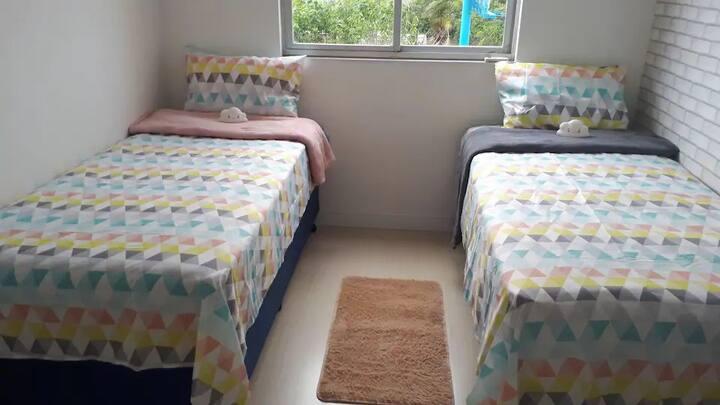 Suíte em Linda Cobertura em Coqueiros - 2 camas